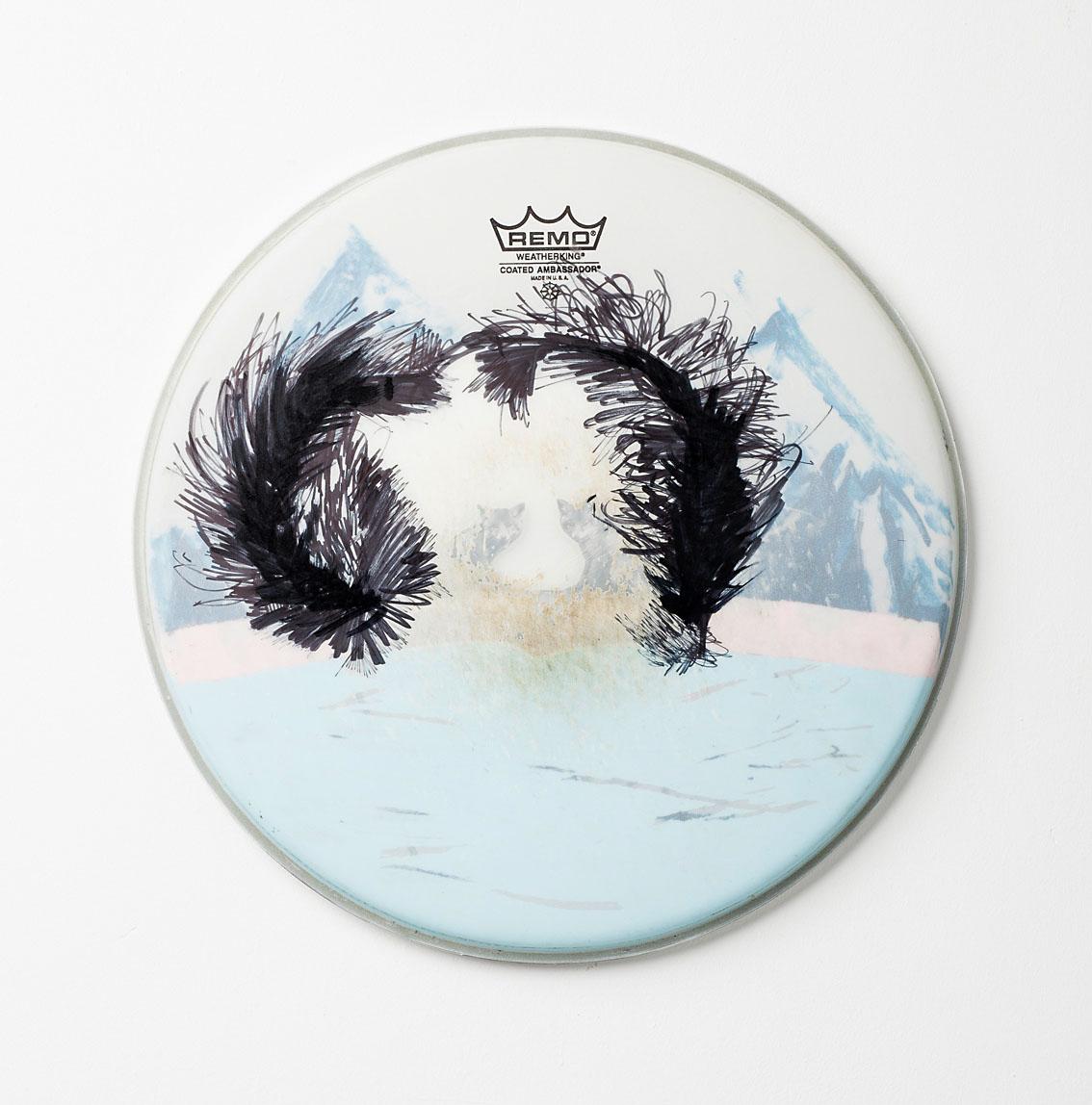"""o.T. aus """"Felle"""", 2017, Ø 36 cm, Mischtechnik & Collage auf Drum-Head"""