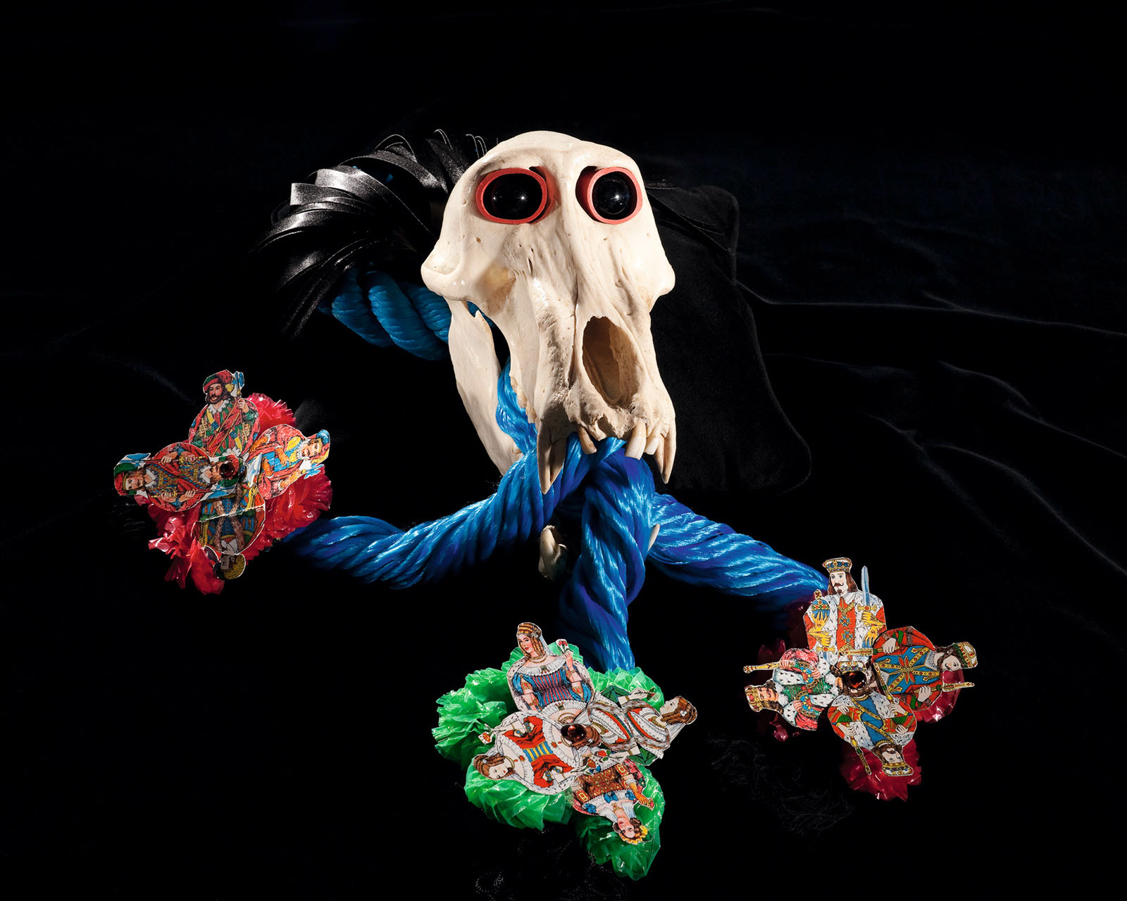 "o.T. aus ""Soft Skulls"", 2010, Pavianschädel, diverse Materialien"