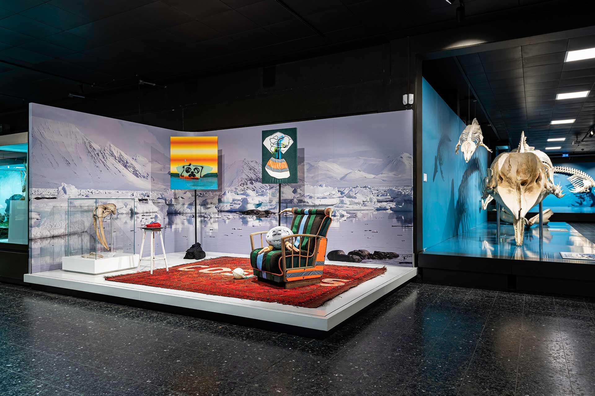 Bild Ausstellung H. & H. Schmidhuber